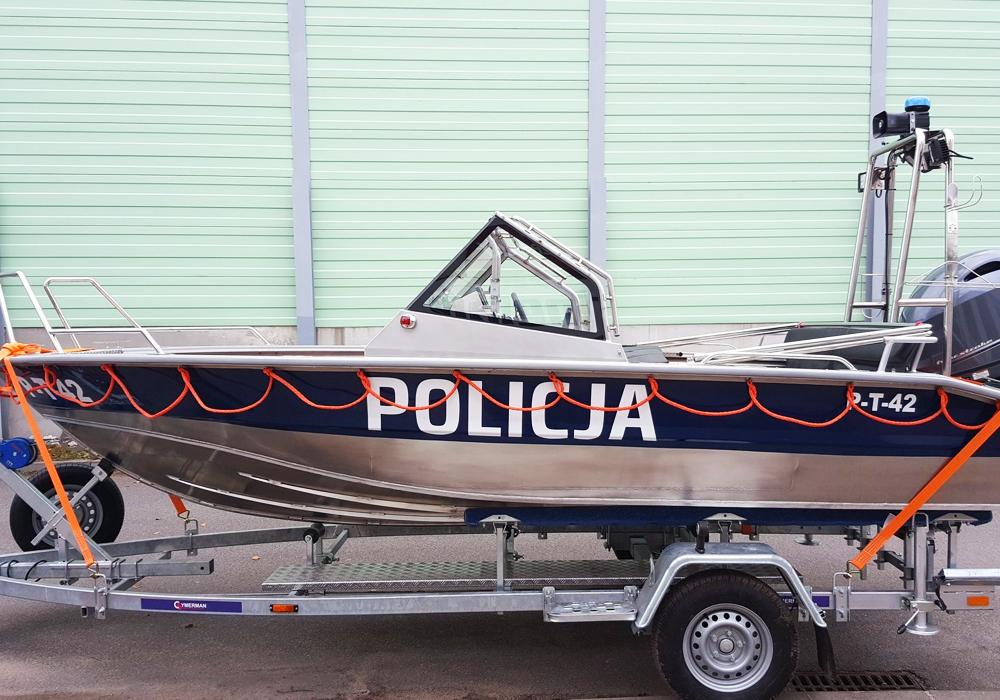 UMS 500 Police, L-5,3m